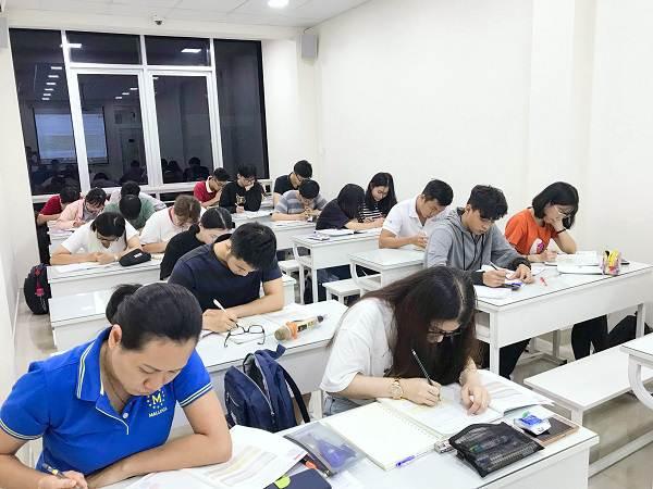 Tại sao nên học khóa học luyện thi toeic 450 cấp tốc